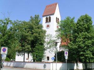 Immobilienmakler Gräfelfing, Immobilien im Umland von München kaufen und verkaufen, Tel: 089 / 89 96 34-80